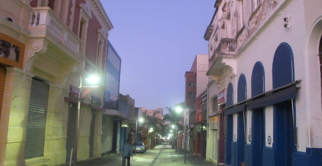 Centro de Campinas demanda iluminação adequada