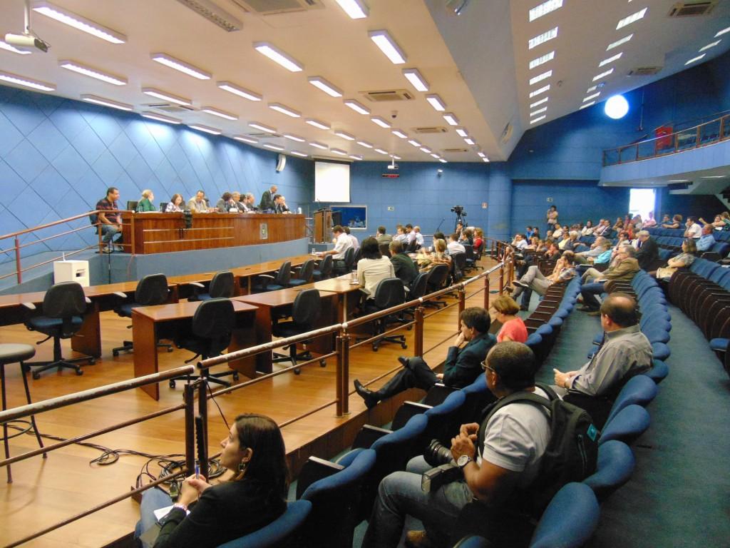 Audiência na Câmara Municipal discutiu projeto de requalificação da Avenida Francisco Glicério (Fotos José Pedro Martins)