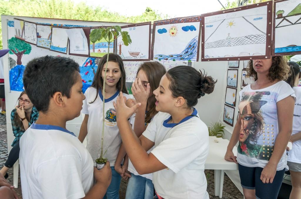 Muitas exposições ricas em informação sobre o Atibaia e as bacias PCJ foram montadas na Praça Beira Rio