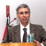 Dr.Antoniou: são necessários novos estudos sobre impactos do glifosato para determinar níveis seguros (Fotos Martinho Caires)