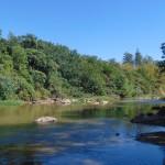 Rio Atibaia, que corta a região de Campinas: tratamento de esgotos é grande desafio no Brasil (Foto José Pedro Martins)