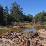 Um dos momentos em 2014 em que o rio Atibaia, principal manancial de abastecimento da região de Campinas, esteve quase seco (Foto José Pedro Martins)
