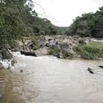 Vazão do rio Atibaia continua a cair em Campinas (Foto Adriano Rosa)