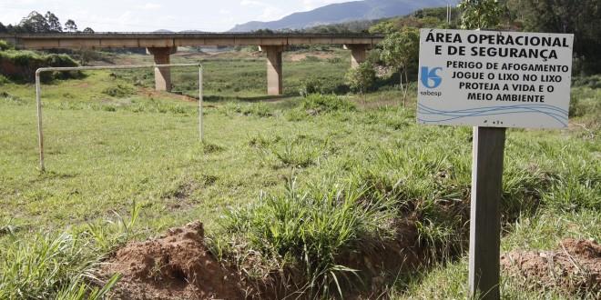 Cantareira chega a 6% e é uma das cinco grandes tragédias ecológicas do Brasil