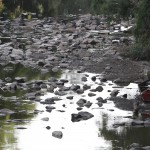 Paisagem em 2014 do rio Atibaia, principal manancial de abastecimento de água de Campinas e região (Foto Adriano Rosa)