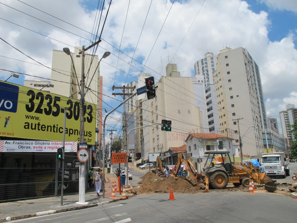 Primeiro trecho de obras entre avenida Orosimbo Maia e rua Marechal Deodoro