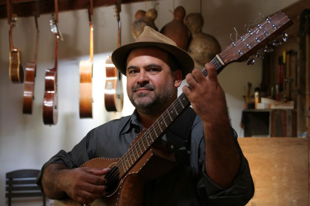 Levi Ramiro: o artesão de sons e instrumentos musicais é convidado no sábado e domingo em Campinas (Foto Adriano Rosa)