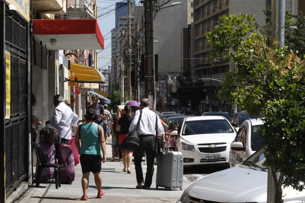Melhorar a mobilidade para pedestres é um dos objetivos do projeto, segundo a Prefeitura