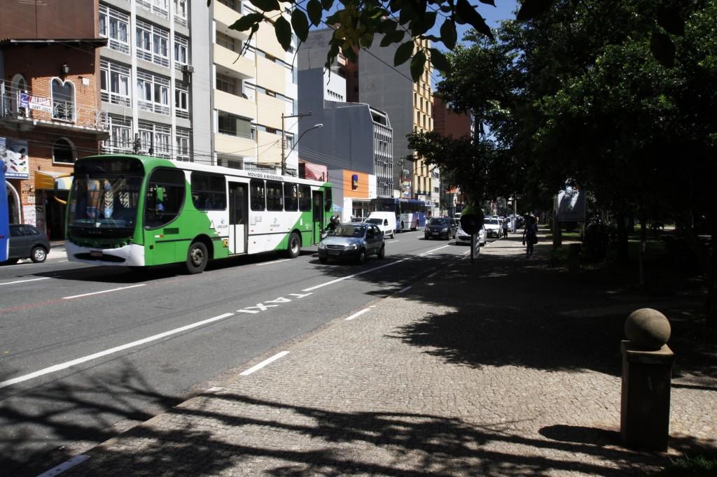 Calçadas receberão floreiras e novo design, pelo projeto que foi apresentado