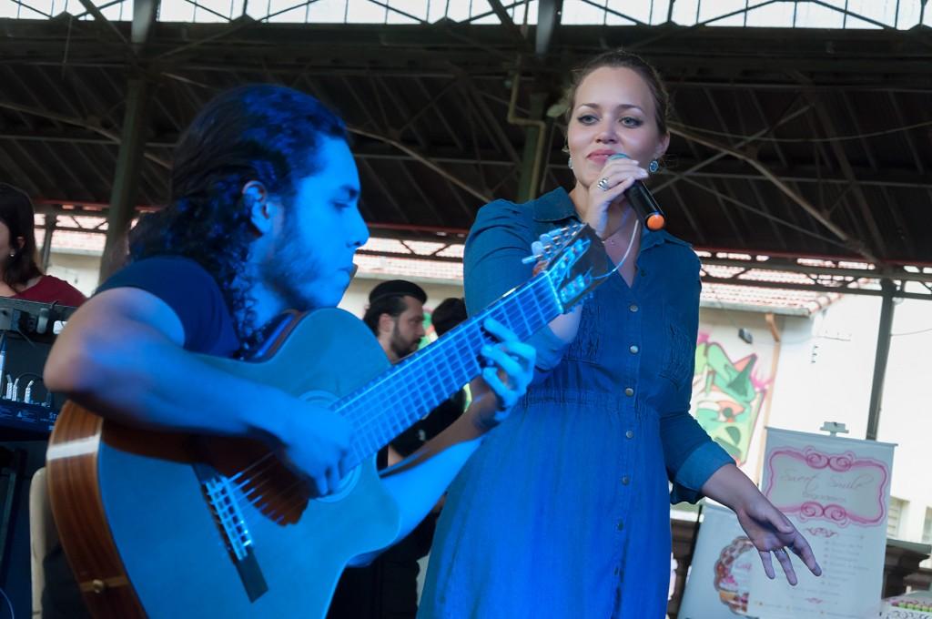 Show com Douglas Ferreira e Mariana Vasconcelos encerrou a programação multi-artística