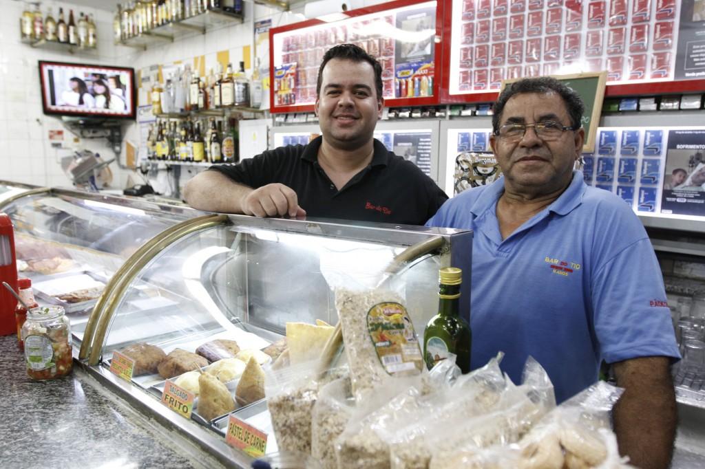 Rafael e o tio Dito: o sabor de servir bem