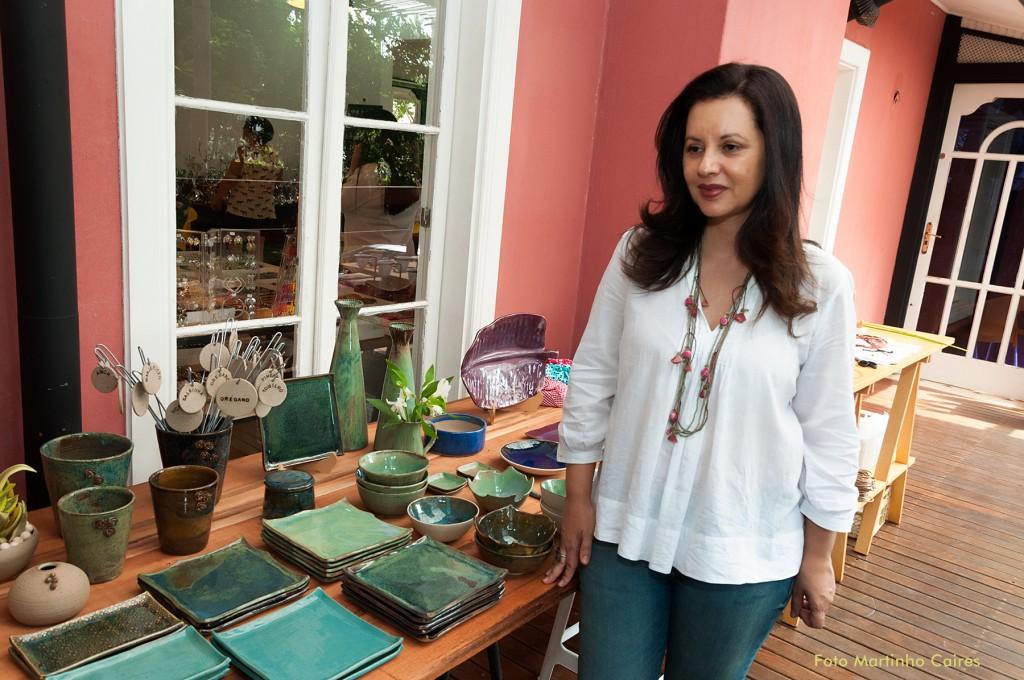 A ceramista Patrícia Freitas, de Americana, acredita que o encontro de todas em um bazar contribui para divulgar e aumentar as vendas dos produtos
