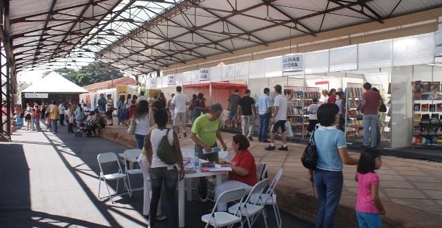 Feira Cultural no CIS Guanabara traz temas que vão do impacto das novas tecnologias às ruas de Campinas