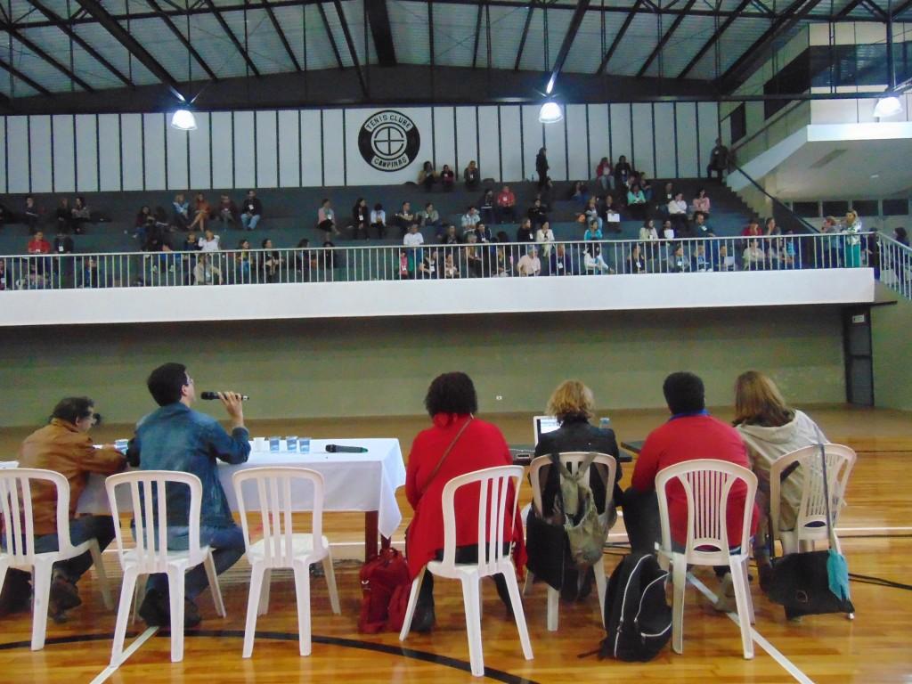 Pré-conferência para da Região Leste para elaboração do Plano Municipal de Educação foi realizada no Ginásio do Tênis Clube de Campinas (Foto José Pedro Martins)