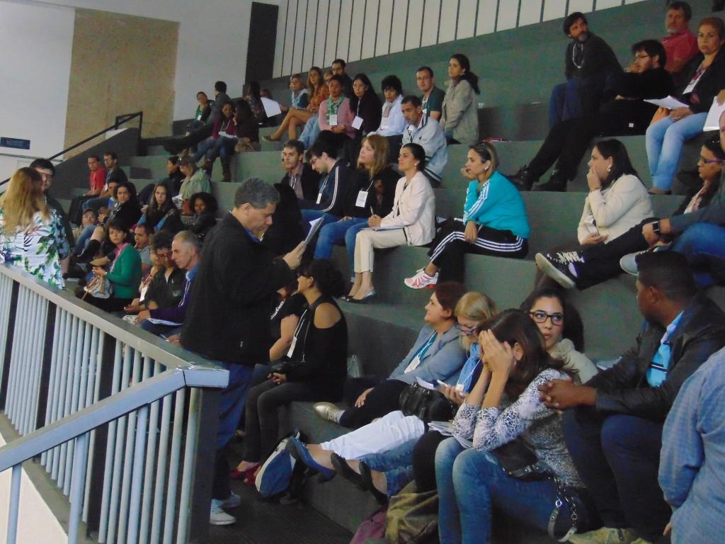 Delegados dos diferentes segmentos discutiram as emendas ao texto-base formulado pelo Fórum Municipal de Educação