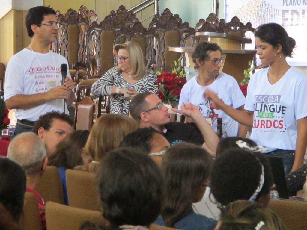 Discussões em grupos também marcaram a Conferência