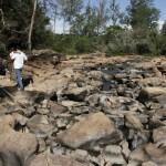 Era possível atravessar a pé o rio Atibaia em janeiro de 2015: crise hídrica será um dos temas do encontro e assembleia da ANAMMA em Campinas (Foto Adriano Rosa)