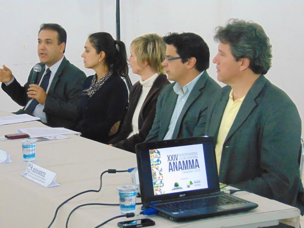 Mesa sobre Oportunidades frente às Mudanças Climáticas