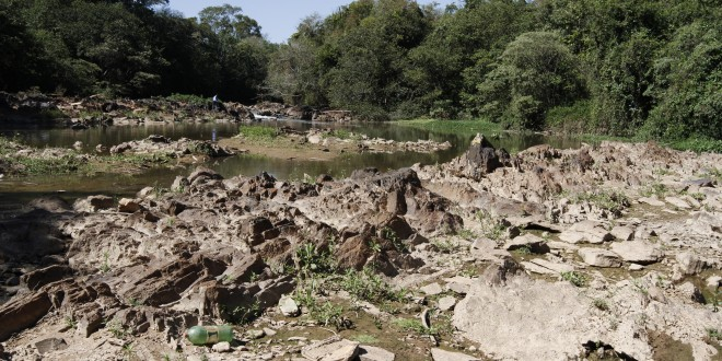 Estiagem escancarou má qualidade das águas em São Paulo