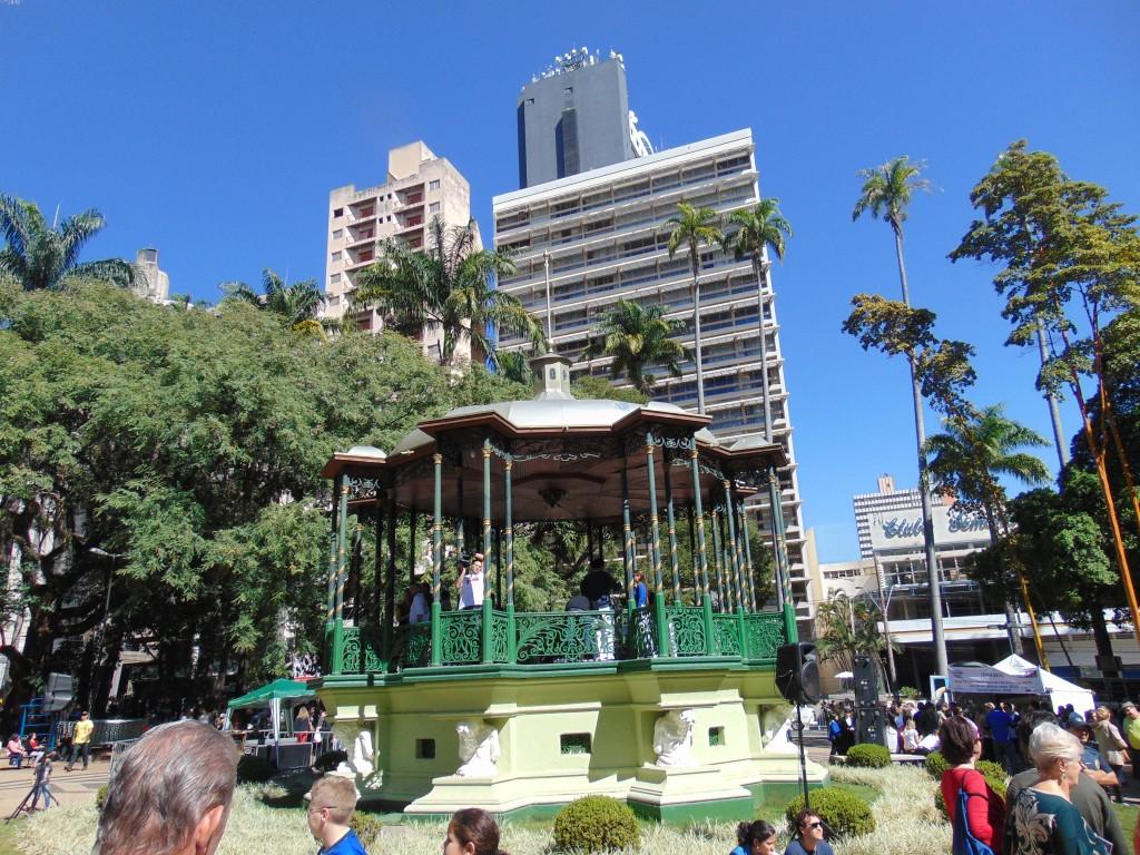 Coreto da Praça Carlos Gomes voltará a ser palco de atrações musicais (Foto José Pedro Martins)