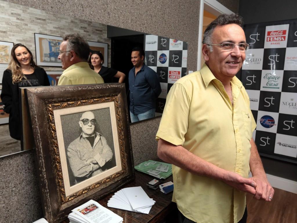 Aparecido Siqueira e o retrato do artista: emoção de amigo