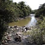 Rio Atibaia no início de 2015: restauração ecológica também contribui com proteção dos mananciais (Foto Adriano Rosa)