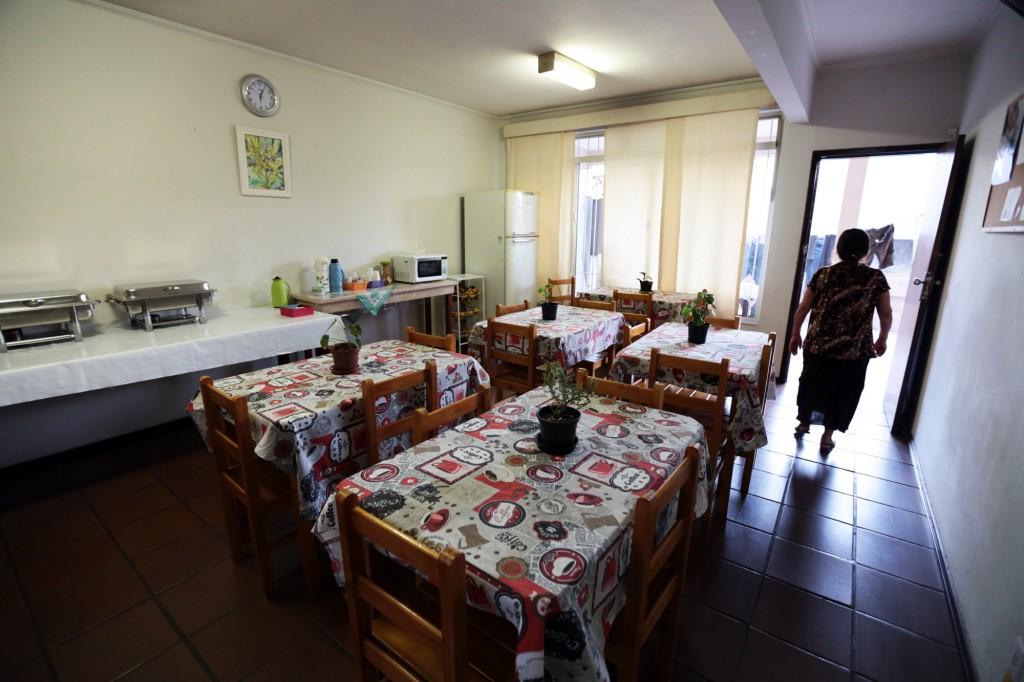 Criado há um ano, o abrigo Casa Santa Clara foi o primeiro em Campinas a receber somente mulheres e filhos; em 12 meses atendeu 28 mulheres e nove crianças, ajudando na reconstrução de suas vidas   (Fotos Adriano Rosa)