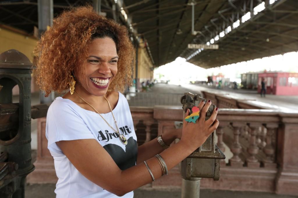 """""""Nosso objetivo é evidenciar a cultura negra e fazer um evento de oportunidades e trocas. Queremos que todas as etnias se encontrem aqui"""", diz Ilcéi Miriam  (Foto: Adriano Rosa)"""