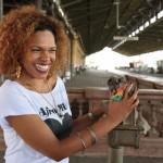 """""""Nosso objetivo é evidenciar a cultura negra e fazer um evento de oportunidades e trocas. Queremos que todas as etnias se encontrem aqui"""", diz Ilcéi Mirian sobre a Feira Afro Mix   (Foto: Adriano Rosa)"""