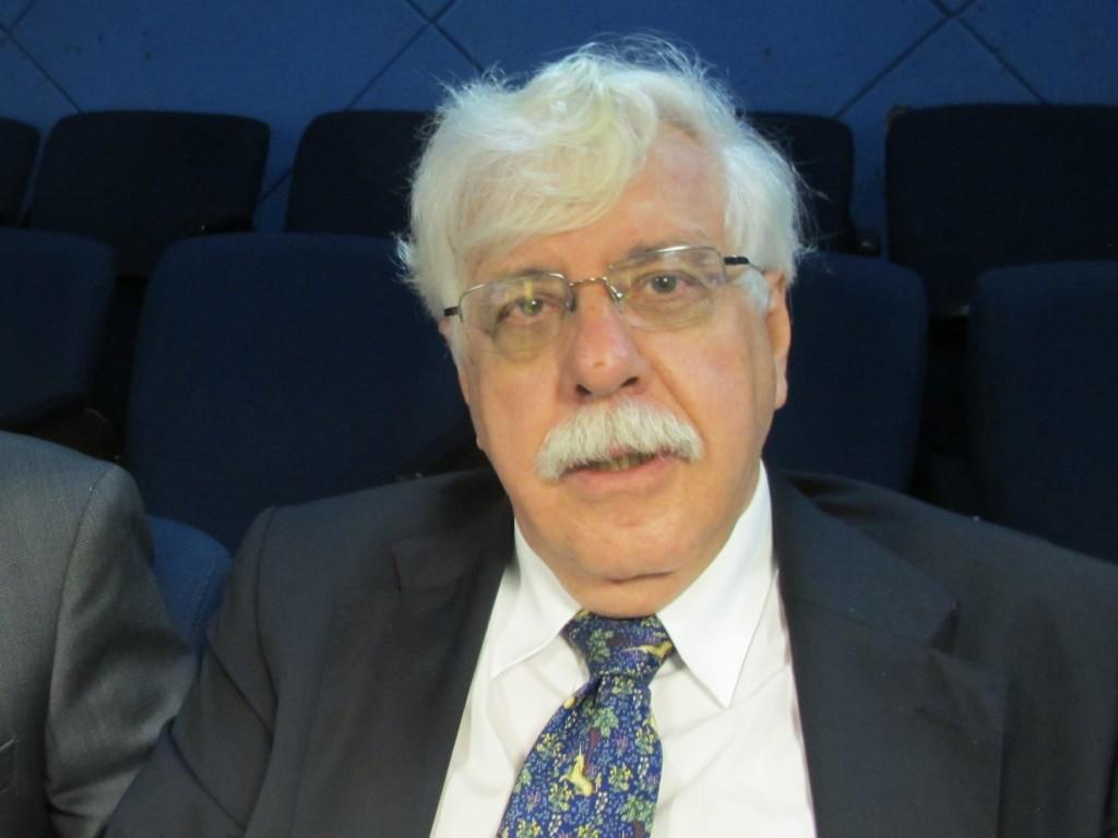 "Roberto Romano: ""Autoritarismo ainda marca Estado no Brasil"""