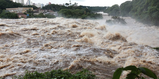 Vazão do Rio Piracicaba volta a assustar e reafirma urgência de preparo para eventos extremos