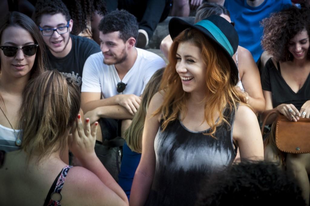 Público colorido foi atraído pelas bandas do rock alternativo (Foto Martinho Caires)