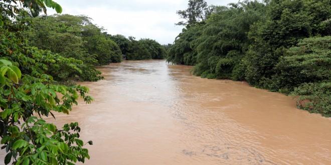 Itatiba vive o caos após as fortes chuvas e decreta Situação de Emergência