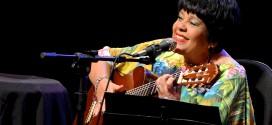 Rosa Passos faz show inédito com Big Band na Concha Acústica, dia 10