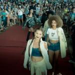 Desfile Brasilidade, na Estação Cultura, durante o Mercado Mundo Mix em Campinas, apresentou trabalhos dos formandos de curso gratuito de Produção de Moda             Fotos: Martinho Caires