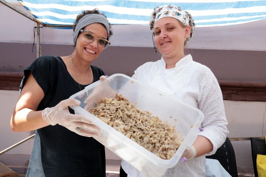A jornalista Érica Araium, de Diálogos Comestíveis, e a chef de cozinha Patrícia Diniz, da Monte Cogumelos (Foto Adriano Rosa)