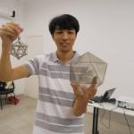 Leo Akio Yokoyama tem um canal de vídeos com aulas de matemática no YouTube e apresenta o programa 'Matemática em toda parte II' do canal TV Escola do MEC    Foto: Arquivo pessoal