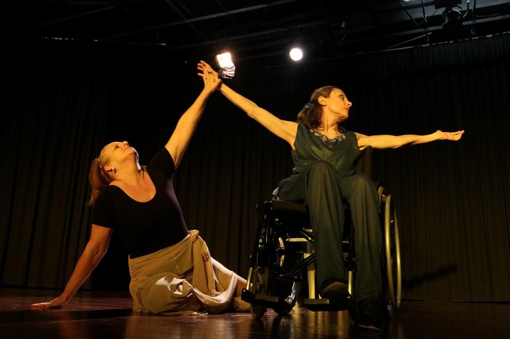 """""""A temática do corpo é uma língua universal"""", disse o bailarino Olivier Pascalin, que falou em sua palestra com Lucila Moro sobre """"o quanto vale a máquina perfeita que é o nosso corpo""""   Foto: Divulgação"""