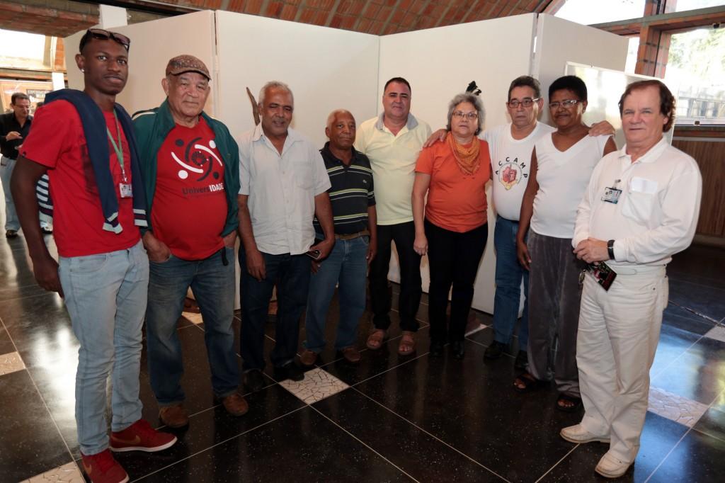 Grupo da Associação de Pacientes com Chagas da Região de Campinas participaram do debate (Foto Adriano Rosa)