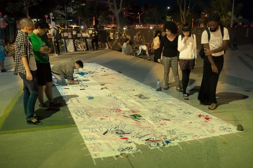 A marca do povo, no painel de expressão livre (Foto Martinho Caires)