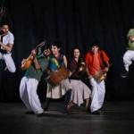 Flautins Matuá, grupo campineiro com mais de dez anos de carreira, explora a diversidade musical brasileira como o coco, o baião, o xote, a ciranda, o ijexá, o rastapé, e trabalha corpo e recursos cênicos          Foto: Divulgação