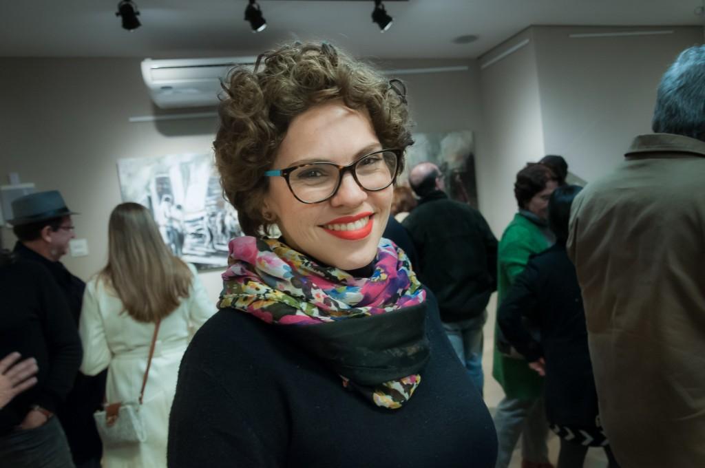 A curadora da Q Galeria Patrícia Freitas: objetivo é preencher lacuna histórica (Foto Martinho Caires)