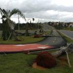 Na extensão da avenida Mackenzie,  marcas da devastação, que impactou o condomínio Caminhos de San Conrado (Foto José Pedro Martins)