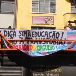 Paulo Mariante e as palavras de ordem da Parada do Orgulho LGBT de 2016: sim à educação, não à transfobia (Foto José Pedro Martins)