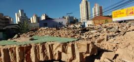 Demolição de casarão antigo expõe desafios para revitalização do patrimônio na Andrade Neves