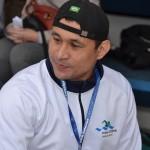 Clodoaldo Silva aguardando as provas da tarde na 2ª Etapa Nacional do Circuito Loterias Caixa, em 2015. Crédito: Márcio Rogério/Divulgação