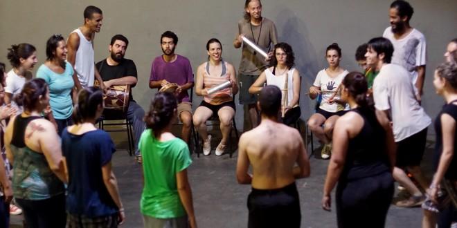 Atores da Damião e Cia. de Teatro ministram oficina no Sesc Campinas