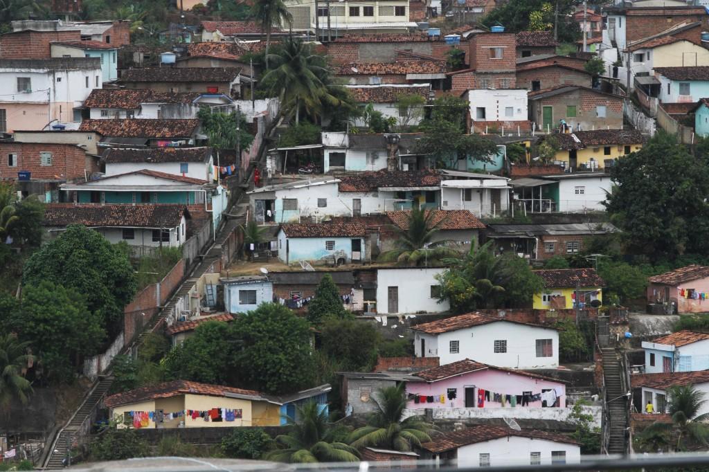 Bairros com concentração de baixa renda estão em todas as regiões metropolitanas nordestinas (Foto Adriano Rosa)