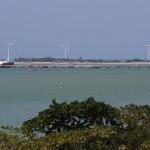 Porto do Mucuripe, um dos símbolos da energia eólica no Nordeste: energia sustentável em xeque? (Foto Adriano Rosa)