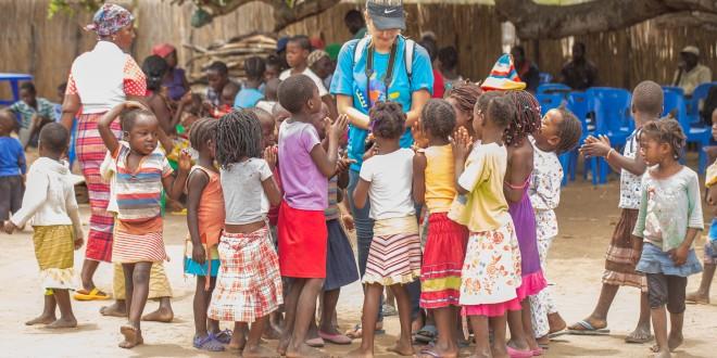 Resultado de imagen para Dia da Fraternidade Universal – Moçambique
